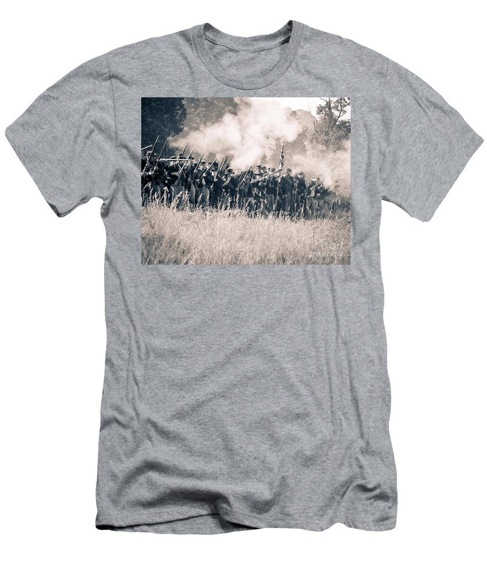 150th Men's T-Shirt (Athletic Fit) featuring the photograph Gettysburg Union Infantry 9360s by Cynthia Staley