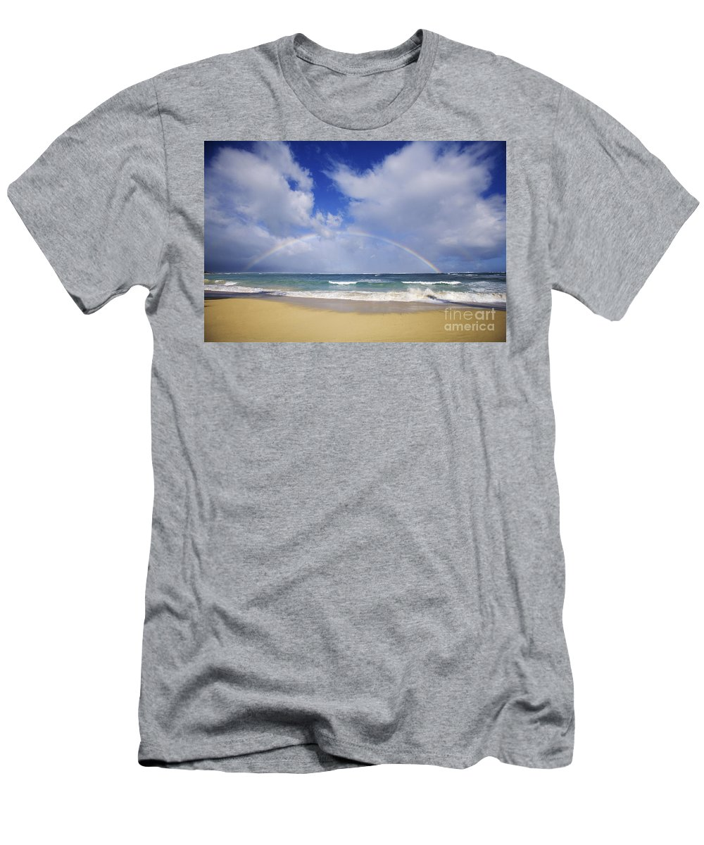 66-csm0131 Men's T-Shirt (Athletic Fit) featuring the photograph Baldwin Beach by Ron Dahlquist - Printscapes