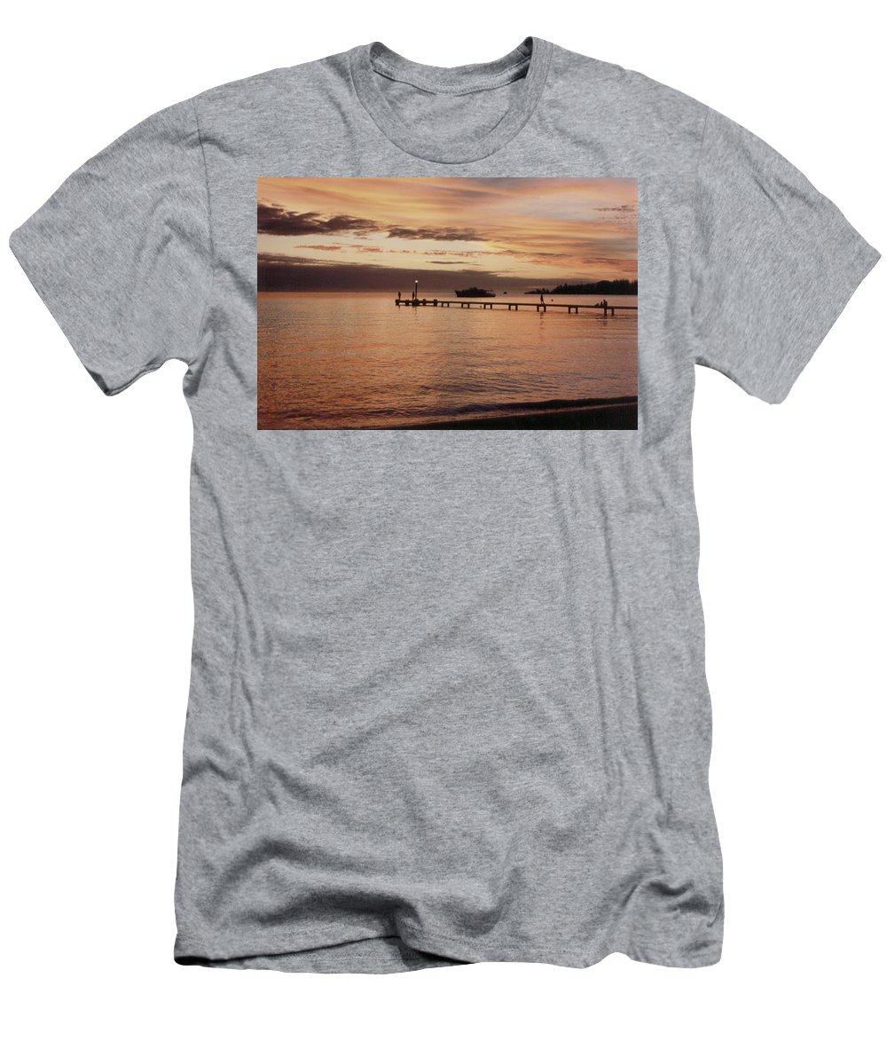Sunset Men's T-Shirt (Athletic Fit) featuring the photograph Sunset In Paradise by Mary-Lee Sanders