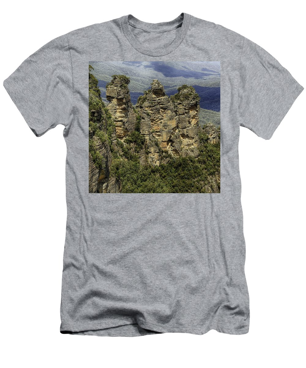 Sydney Men's T-Shirt (Athletic Fit) featuring the photograph The Three Sisters by Chris Cousins