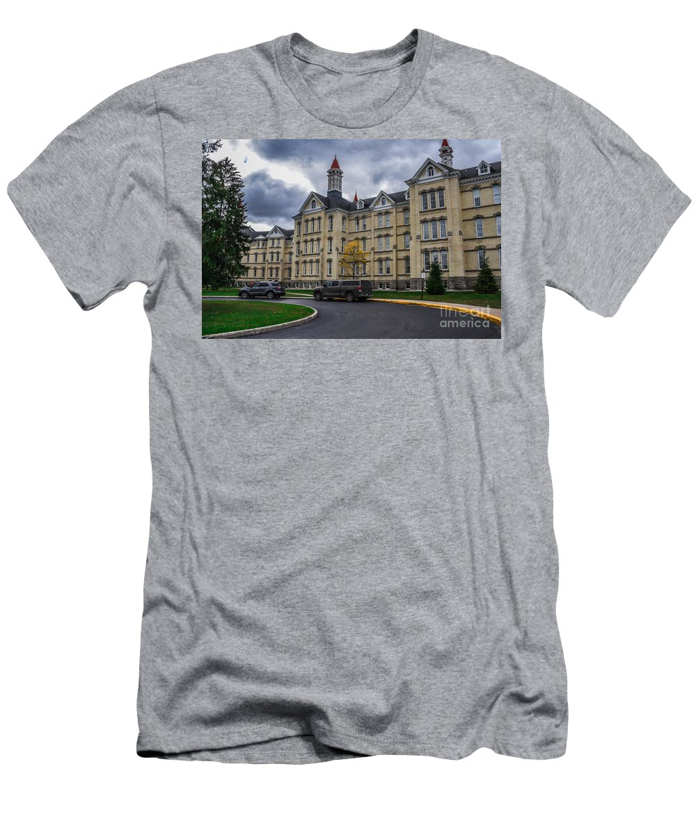 The Traverse City Commons Men's T-Shirt (Athletic Fit) featuring the photograph Traverse City Commons by Grace Grogan