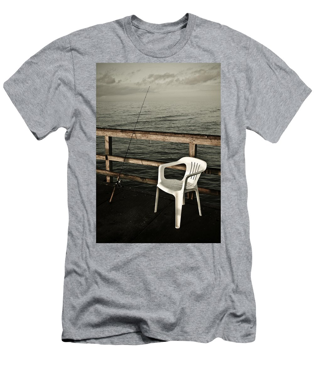 Fish Men's T-Shirt (Athletic Fit) featuring the photograph Waiting by Marilyn Hunt