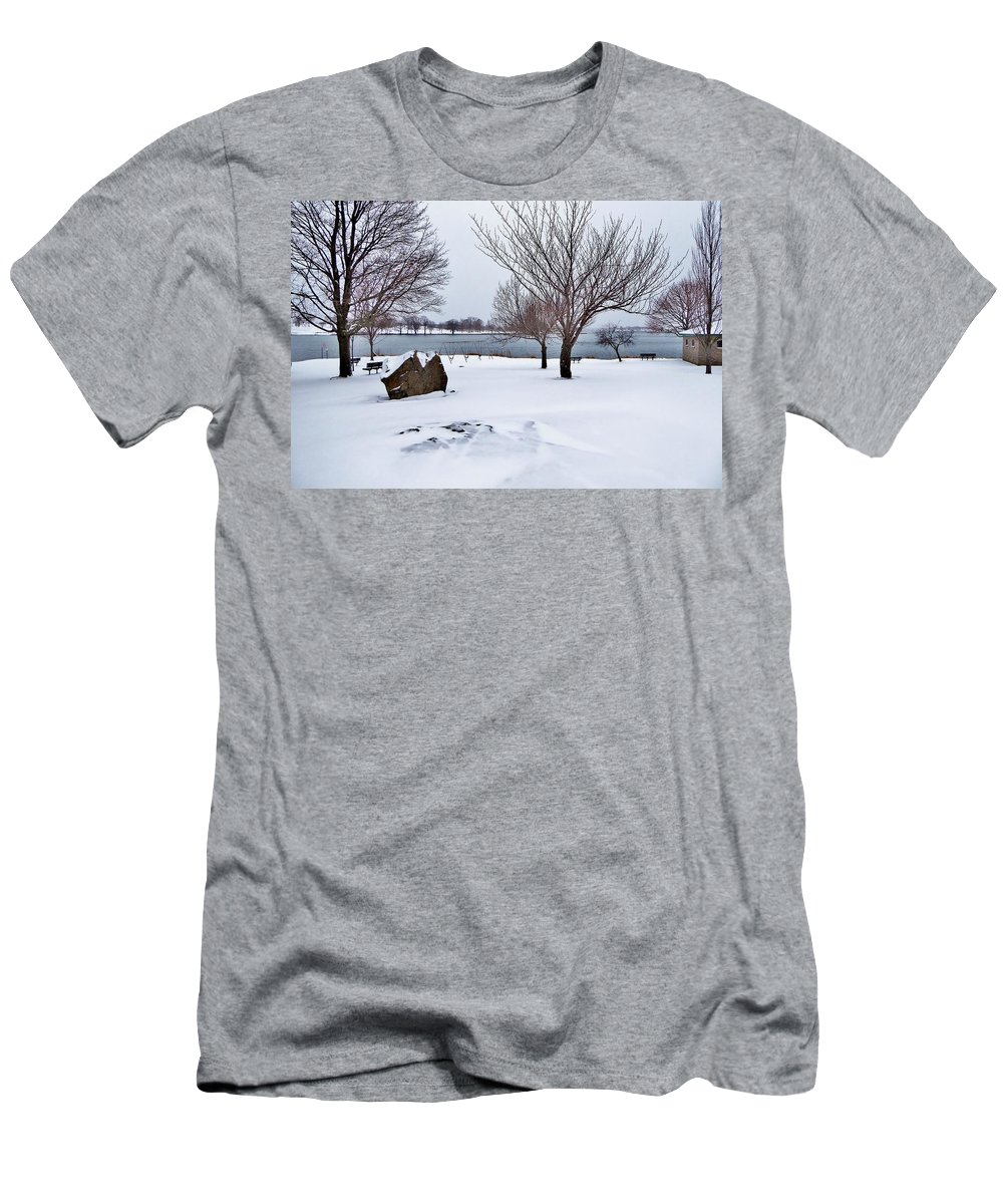Snow Men's T-Shirt (Athletic Fit) featuring the photograph Obear Park In Winter by Scott Hufford