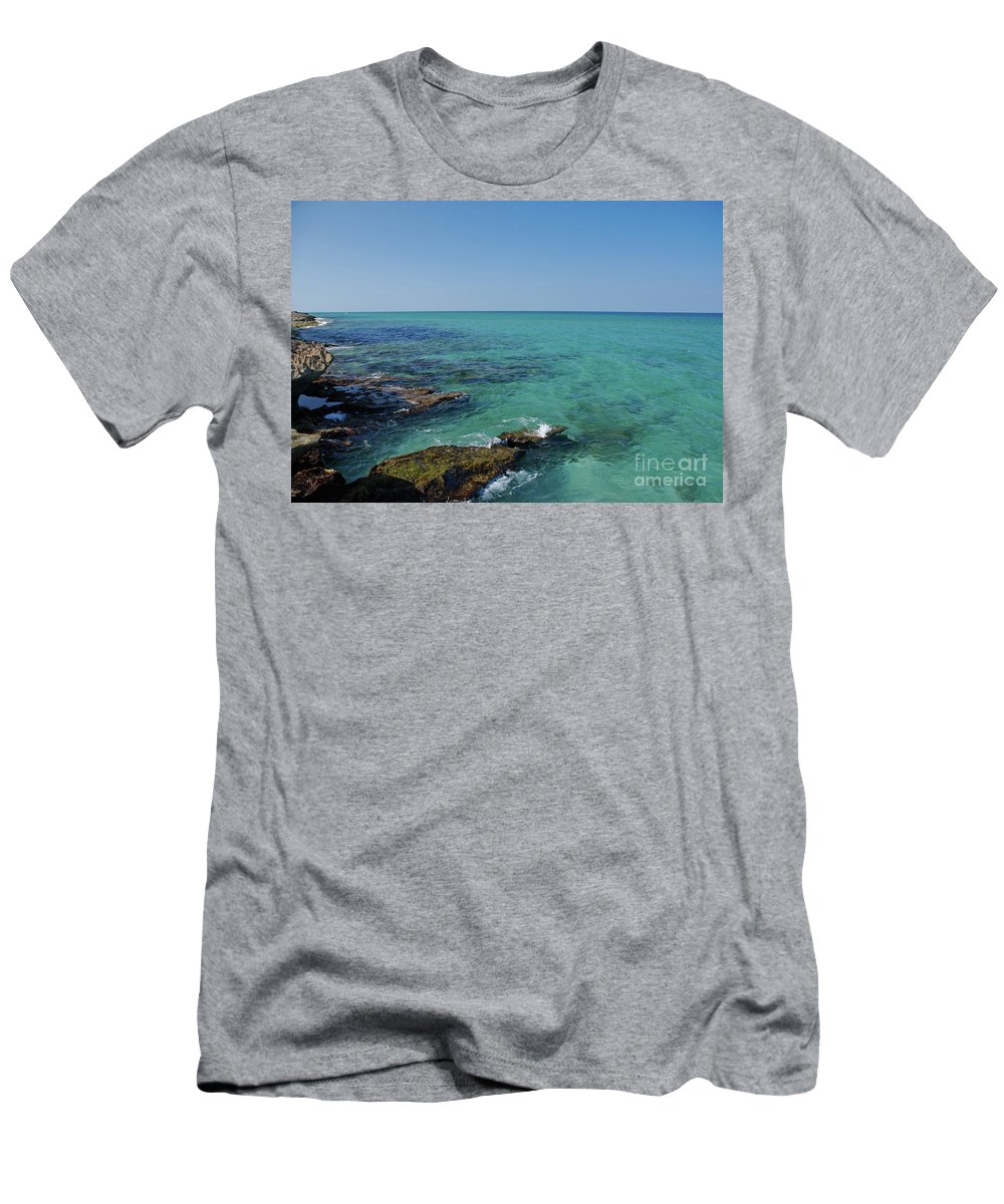 Ocean Reef Park Men's T-Shirt (Athletic Fit) featuring the photograph 12- Ocean Reef Park by Joseph Keane