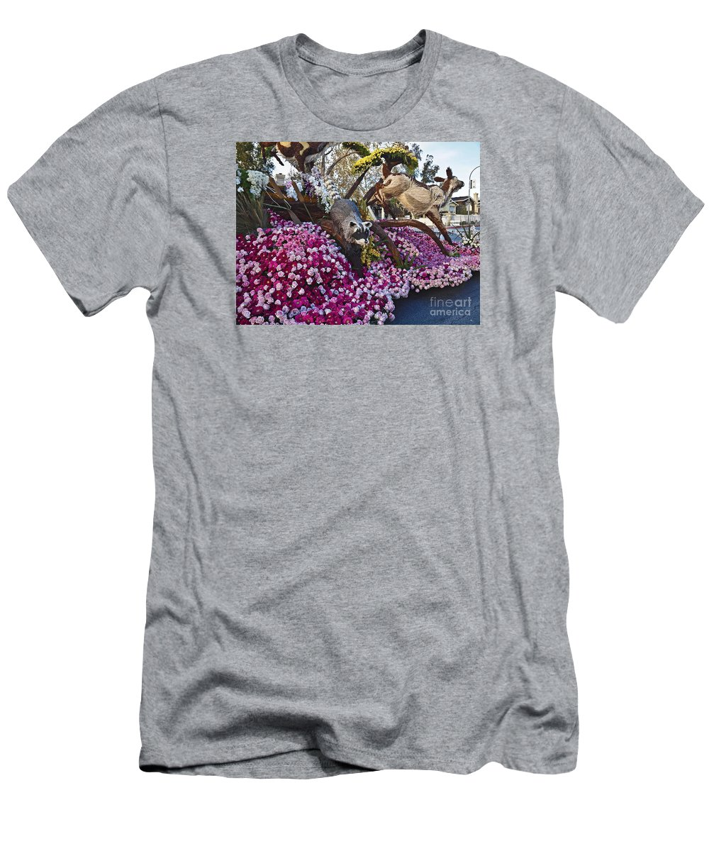 2016 Men's T-Shirt (Athletic Fit) featuring the photograph 2016rose Parade Rp001 by Howard Stapleton