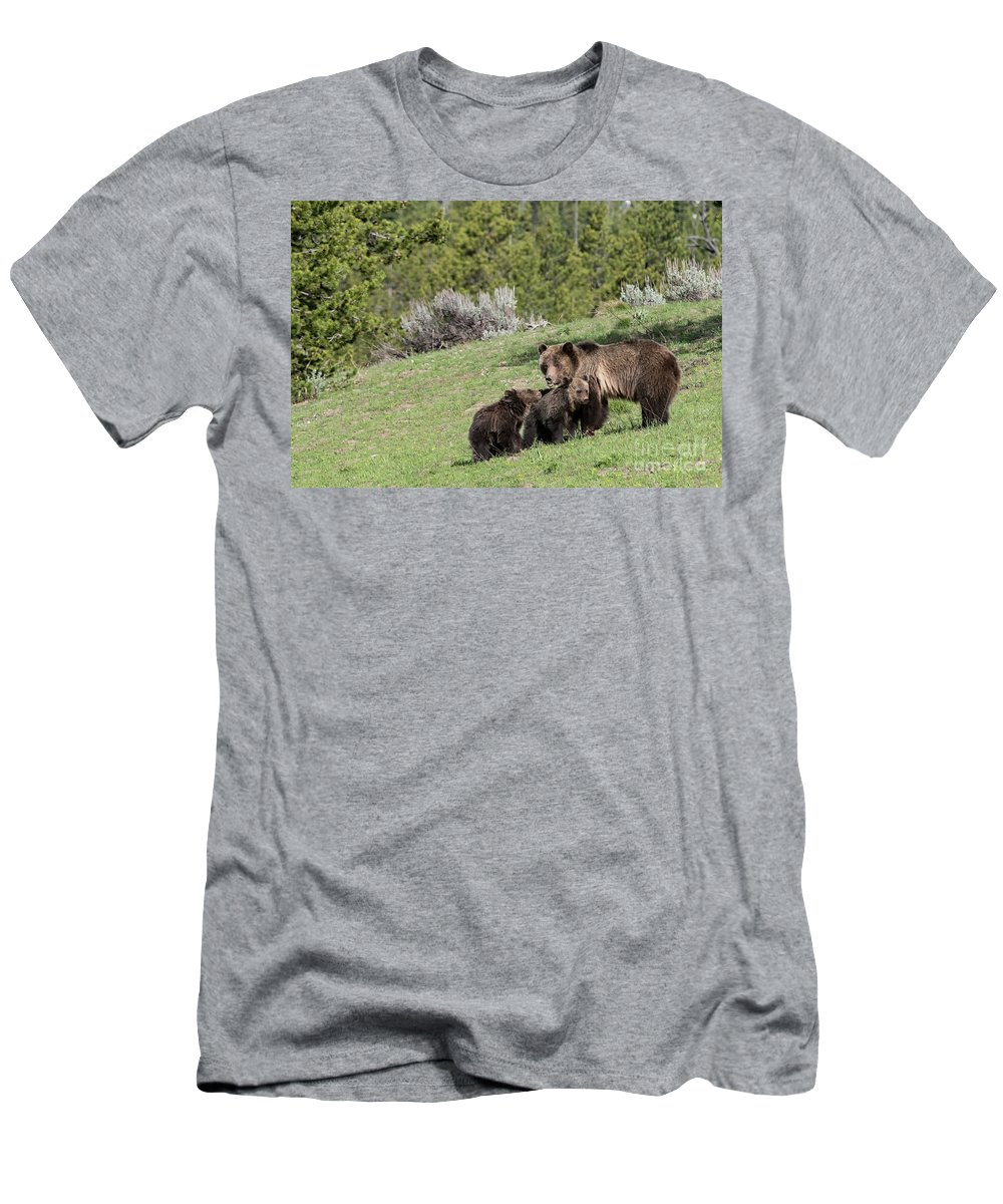 #793 Men's T-Shirt (Athletic Fit) featuring the photograph 2018 Blondie #793 With Cubs by Tibor Vari