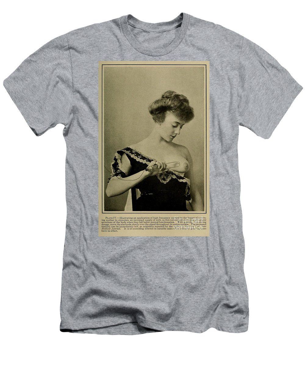 Science Men's T-Shirt (Athletic Fit) featuring the photograph Electro-therapeutics, 1910 by Science Source