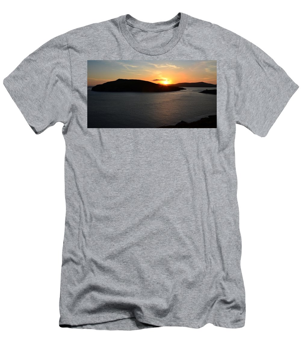 Sunset Men's T-Shirt (Athletic Fit) featuring the photograph Sunset Dingle by Barbara Walsh