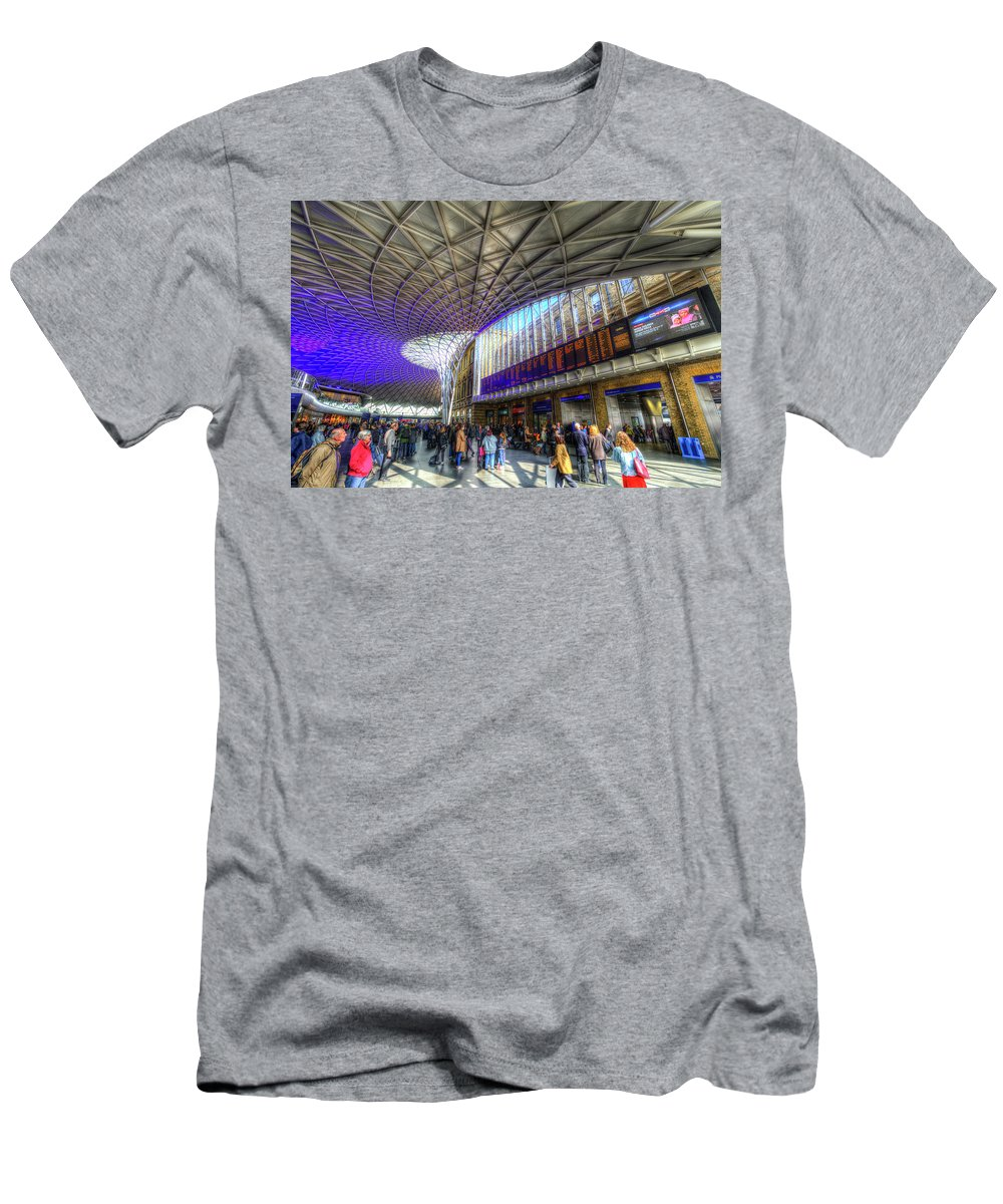 London Architecture Men's T-Shirt (Athletic Fit) featuring the photograph Kings Cross Rail Station London by David Pyatt