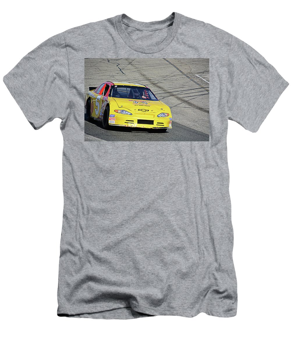 Thompson Men's T-Shirt (Athletic Fit) featuring the photograph 5 Can Race by Mike Martin