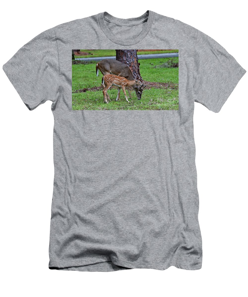 9/1/18 Men's T-Shirt (Athletic Fit) featuring the photograph 5095 by Don Solari