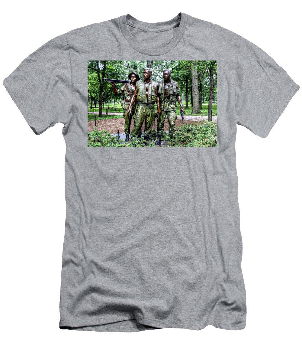 Washington Dc Usa Men's T-Shirt (Athletic Fit) featuring the photograph Washington Dc Usa by Paul James Bannerman