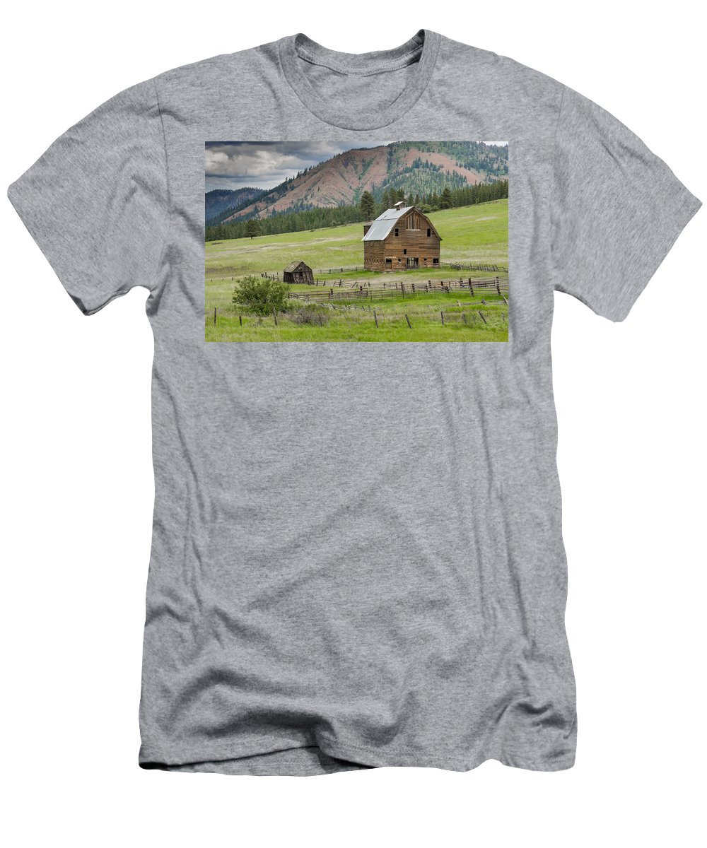 Agriculture Men's T-Shirt (Athletic Fit) featuring the photograph Abandoned Barn by John Trax
