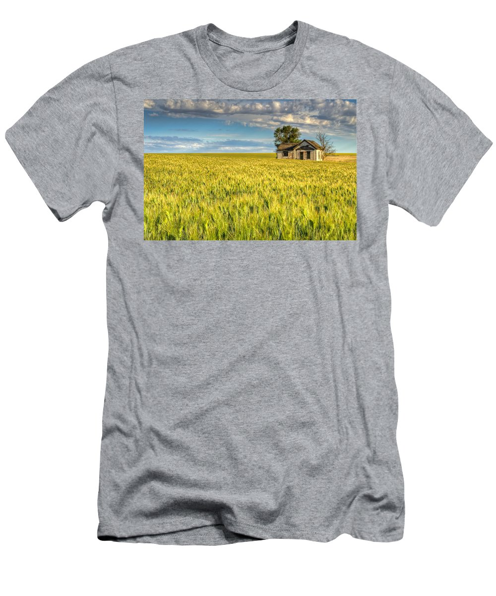 Agriculture Men's T-Shirt (Athletic Fit) featuring the photograph Abandoned Farmhouse by John Trax