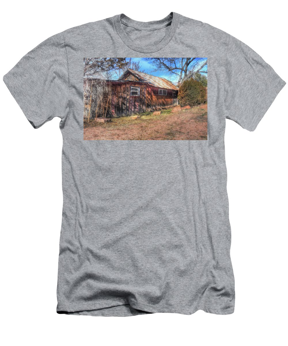 Cabin House Structure Building Old Aged Decayed Deteriorated Historic Abandoned Homestead Land Landscape Landmark Nature Trees Grass Bushes Weeds Color Green Red Blue Sky Clouds Hdr Payson Northern Arizona Men's T-Shirt (Athletic Fit) featuring the photograph Ageless Memories by Thomas Todd