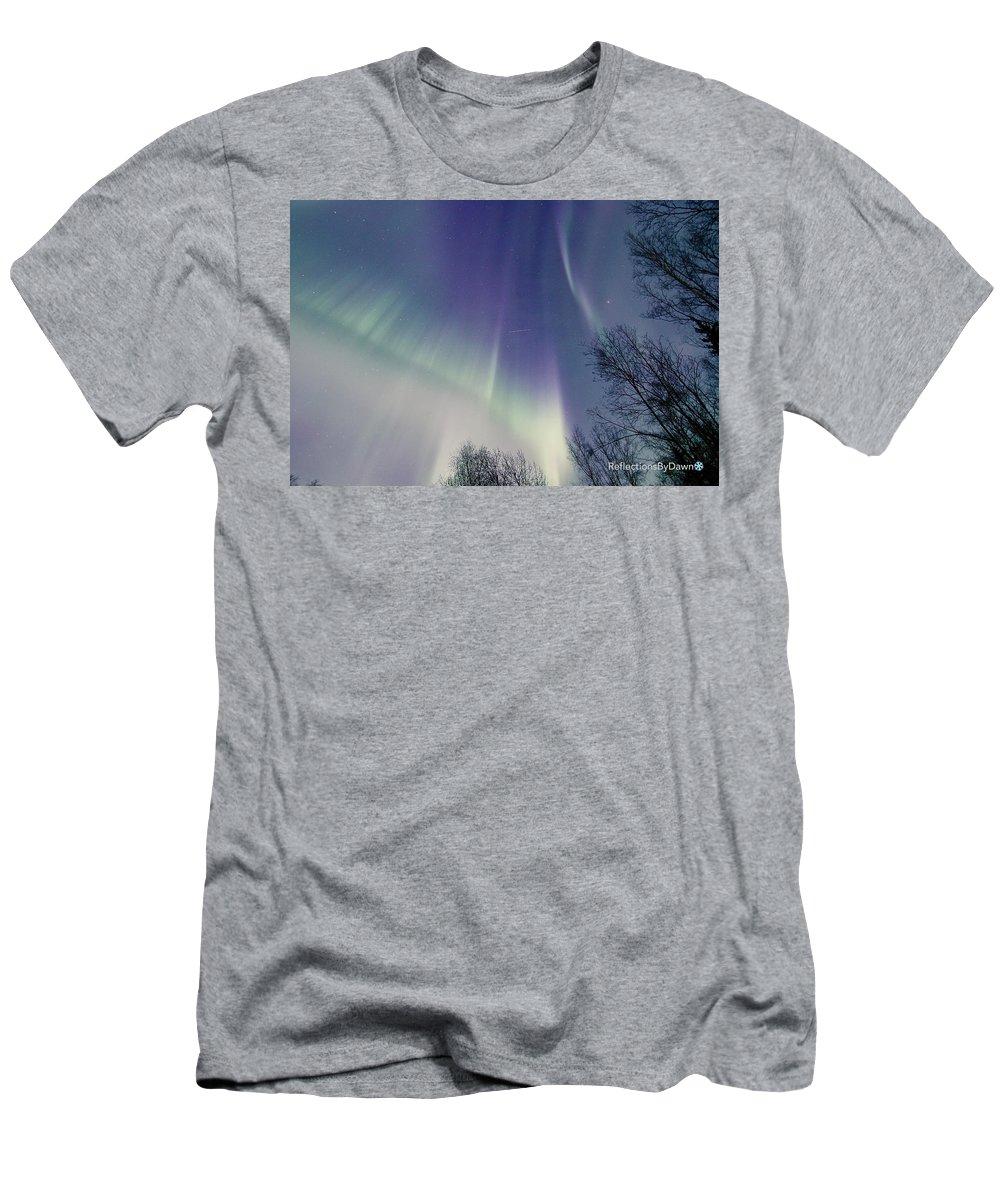 Alaska Men's T-Shirt (Athletic Fit) featuring the photograph Alaska Aurora Borealis by Dawn Stepp