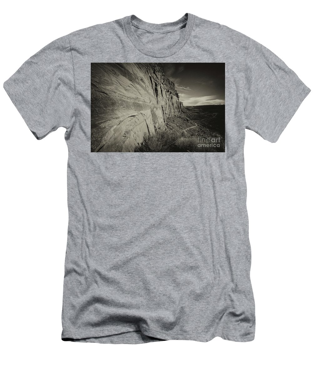 Utah Landscape Men's T-Shirt (Athletic Fit) featuring the photograph Ancient Walls by Jim Garrison