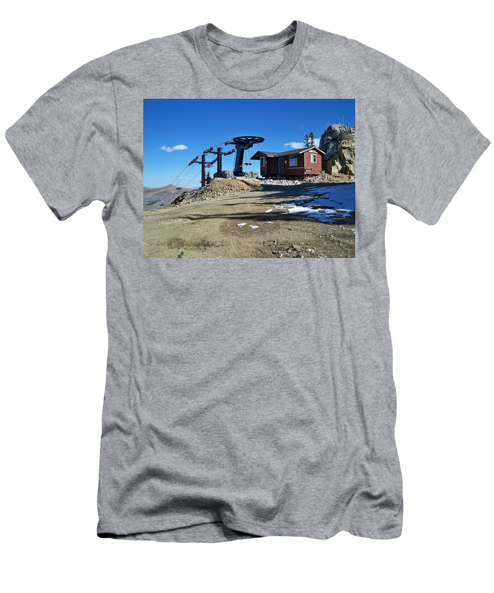 Landscape Men's T-Shirt (Athletic Fit) featuring the photograph Anticipation by Michael Cuozzo