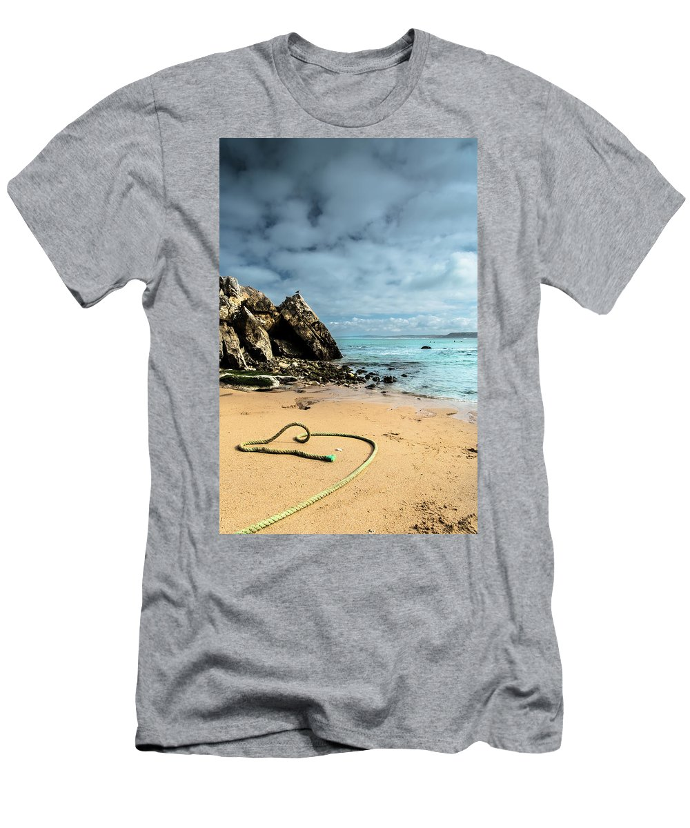 Nature Men's T-Shirt (Athletic Fit) featuring the photograph Attached To The Boat by Edgar Laureano