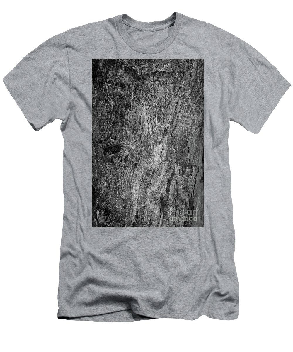 Bark Men's T-Shirt (Athletic Fit) featuring the photograph Bark At The Moon by Evil Shadows