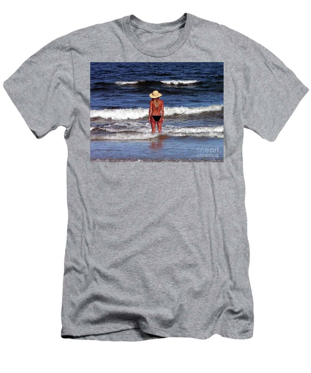 Blonde Men's T-Shirt (Athletic Fit) featuring the photograph Beauty And The Beach by Al Powell Photography USA