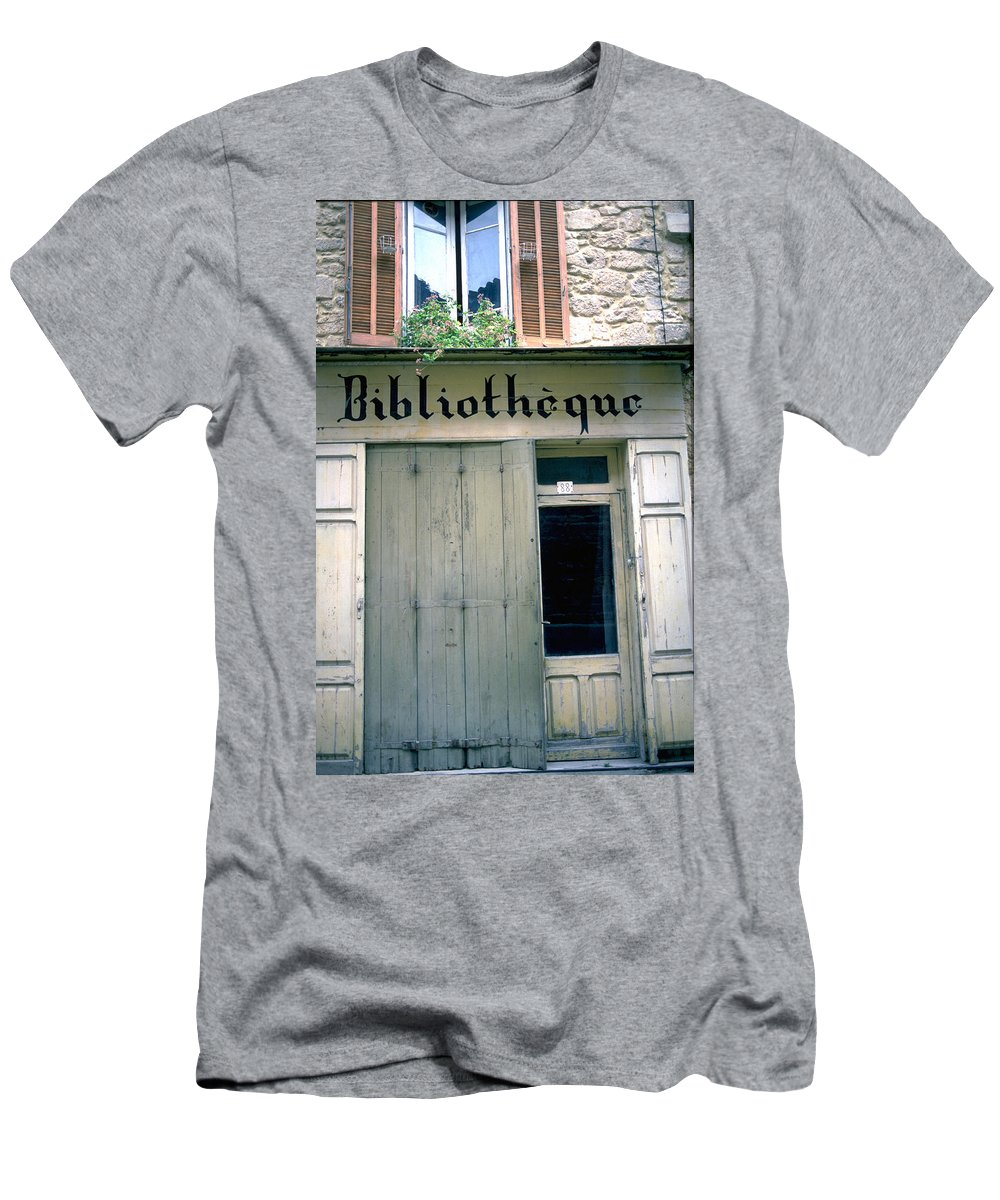 Bibliotheque Men's T-Shirt (Athletic Fit) featuring the photograph Bibliotheque by Flavia Westerwelle