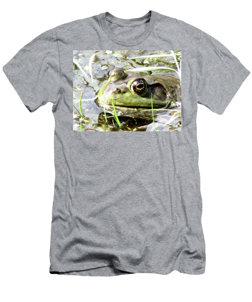 Frog Men's T-Shirt (Athletic Fit) featuring the photograph Big Eyed Frog In A Marsh by DejaVu Designs
