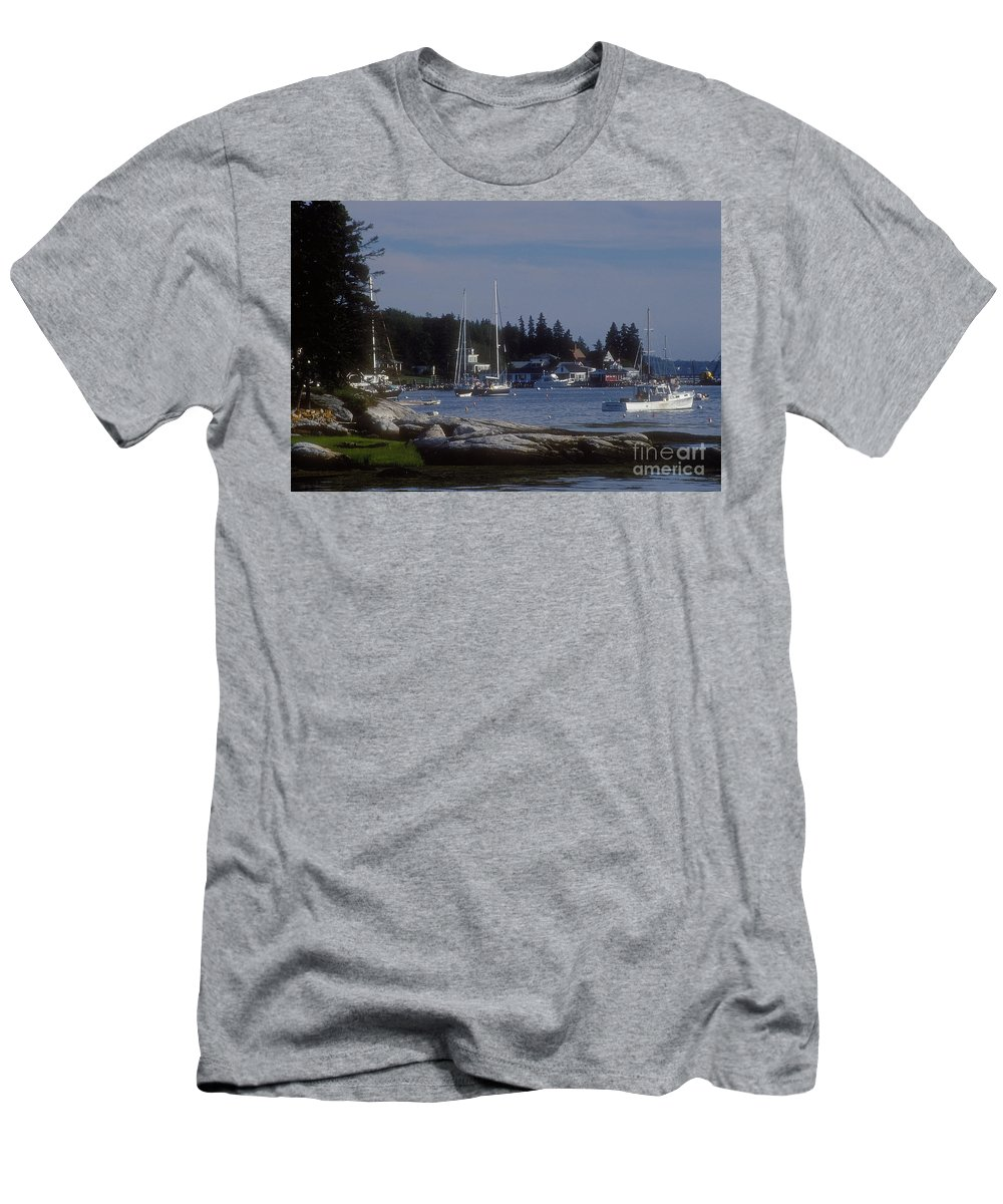 Boothbay Men's T-Shirt (Athletic Fit) featuring the photograph Boothbay Harbor In Maine by Darleen Stry