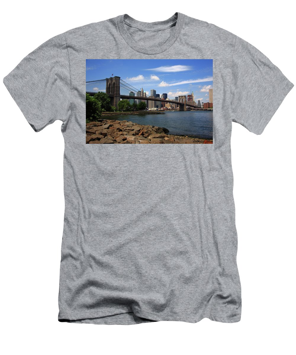 Posters Men's T-Shirt (Athletic Fit) featuring the photograph Brooklyn Bridge - New York City Skyline by Frank Romeo
