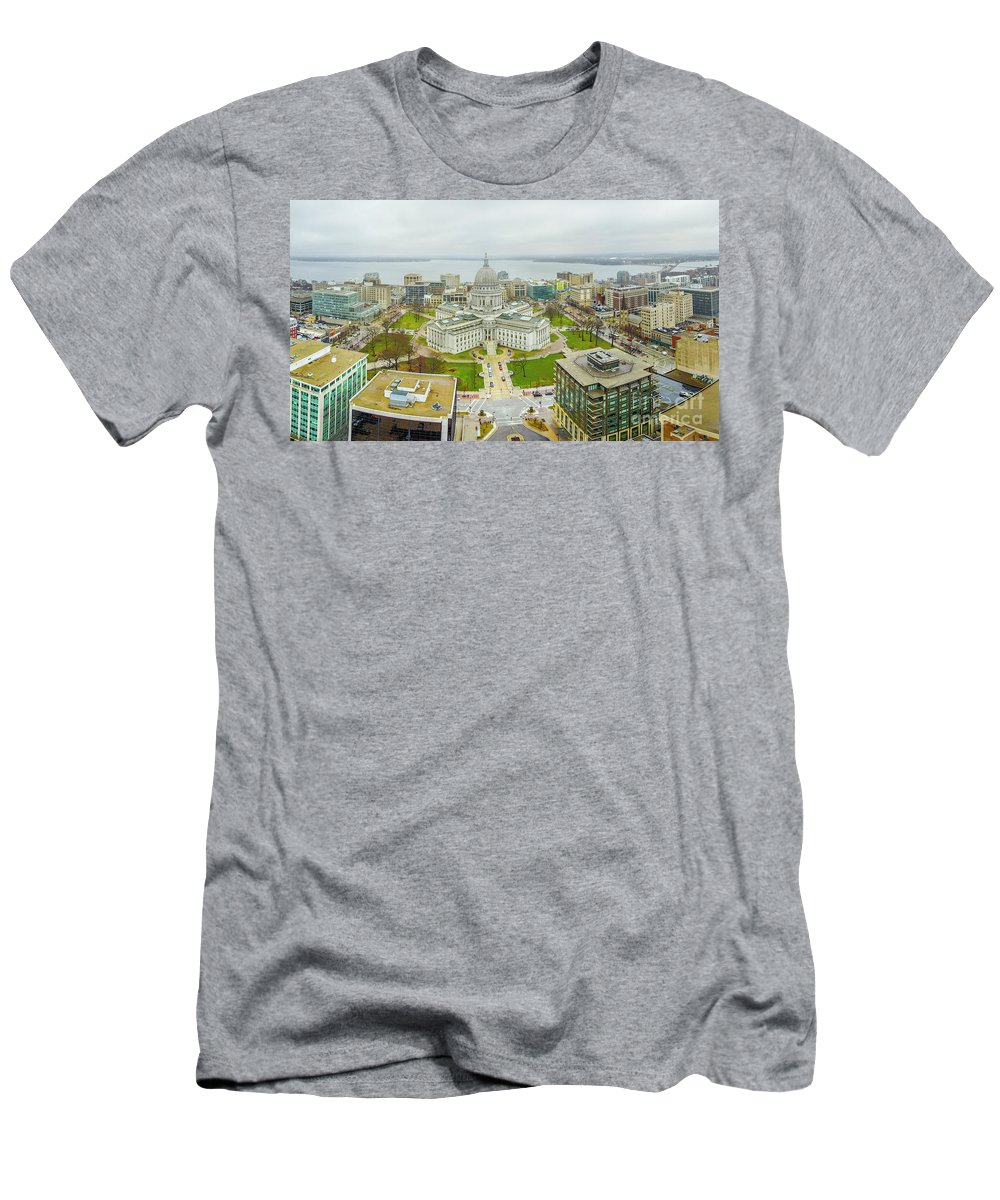 Madison Men's T-Shirt (Athletic Fit) featuring the photograph Capital Panoramic by Randy Kostichka