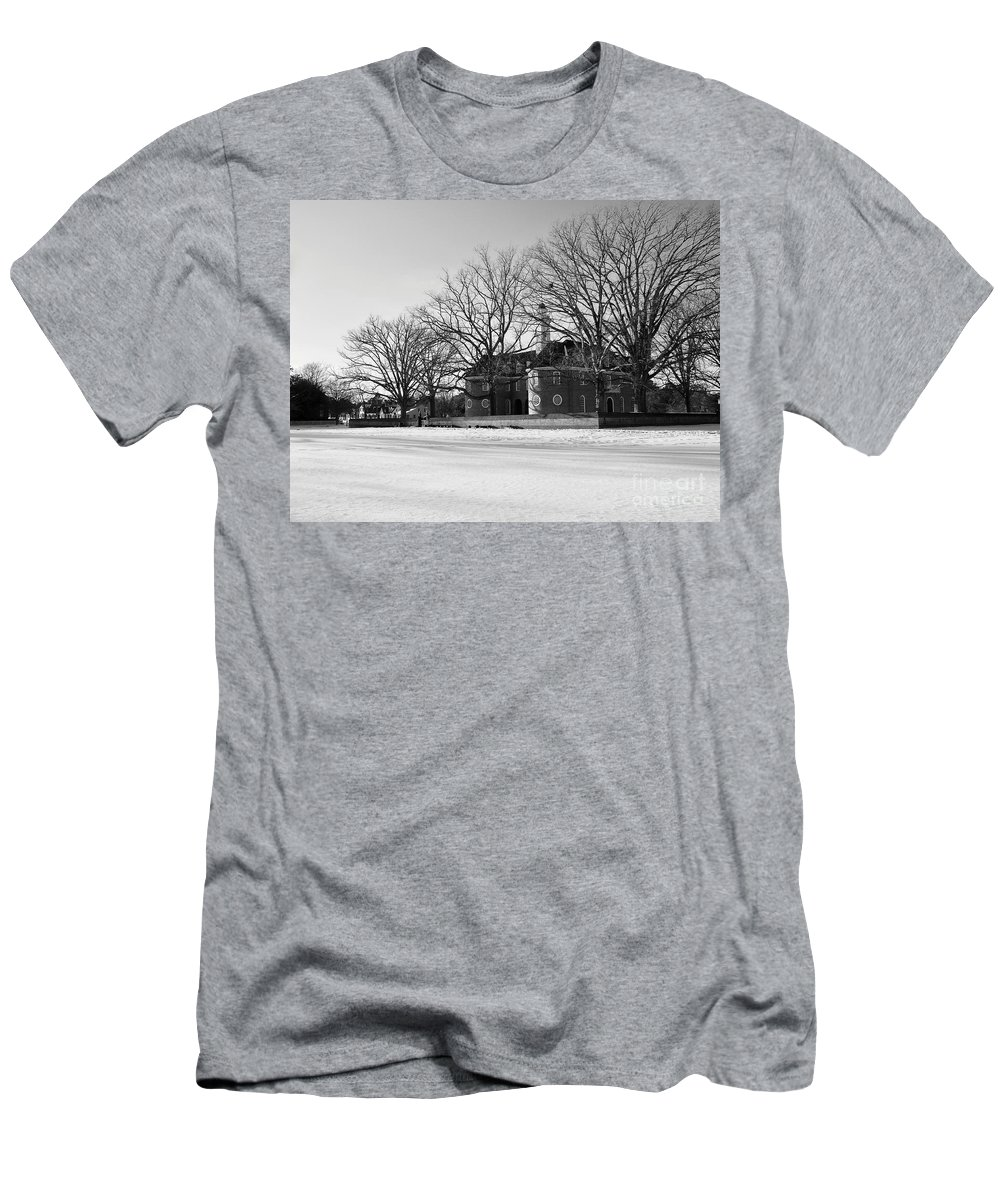Capitol Men's T-Shirt (Athletic Fit) featuring the photograph Capitol Winter Scene by Rachel Morrison