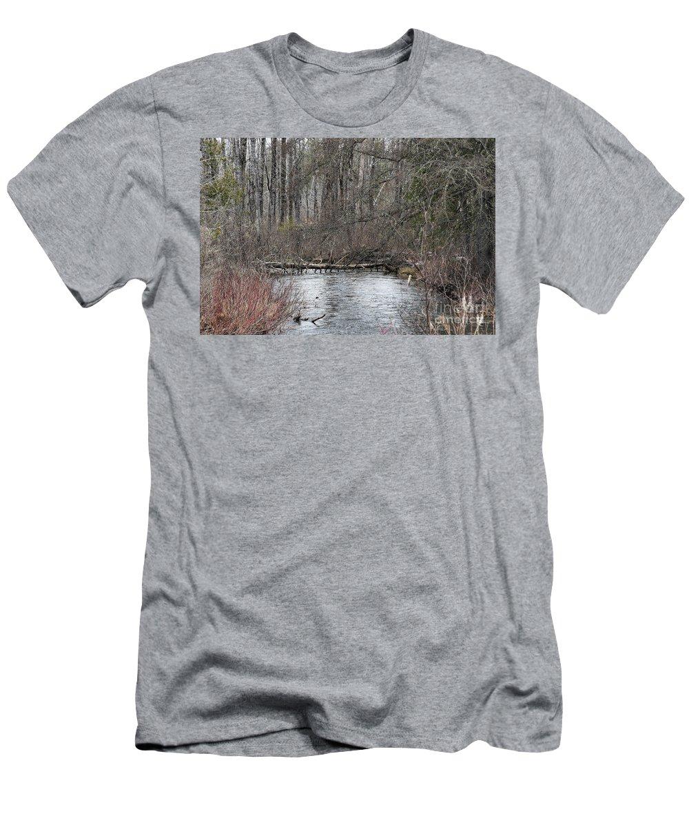 Natural Bridge Men's T-Shirt (Athletic Fit) featuring the photograph Centipede Bridge by William Tasker