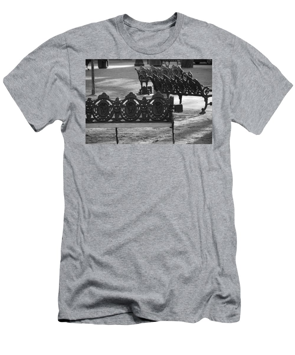 Black And White Men's T-Shirt (Athletic Fit) featuring the photograph Cherb Benches by Rob Hans