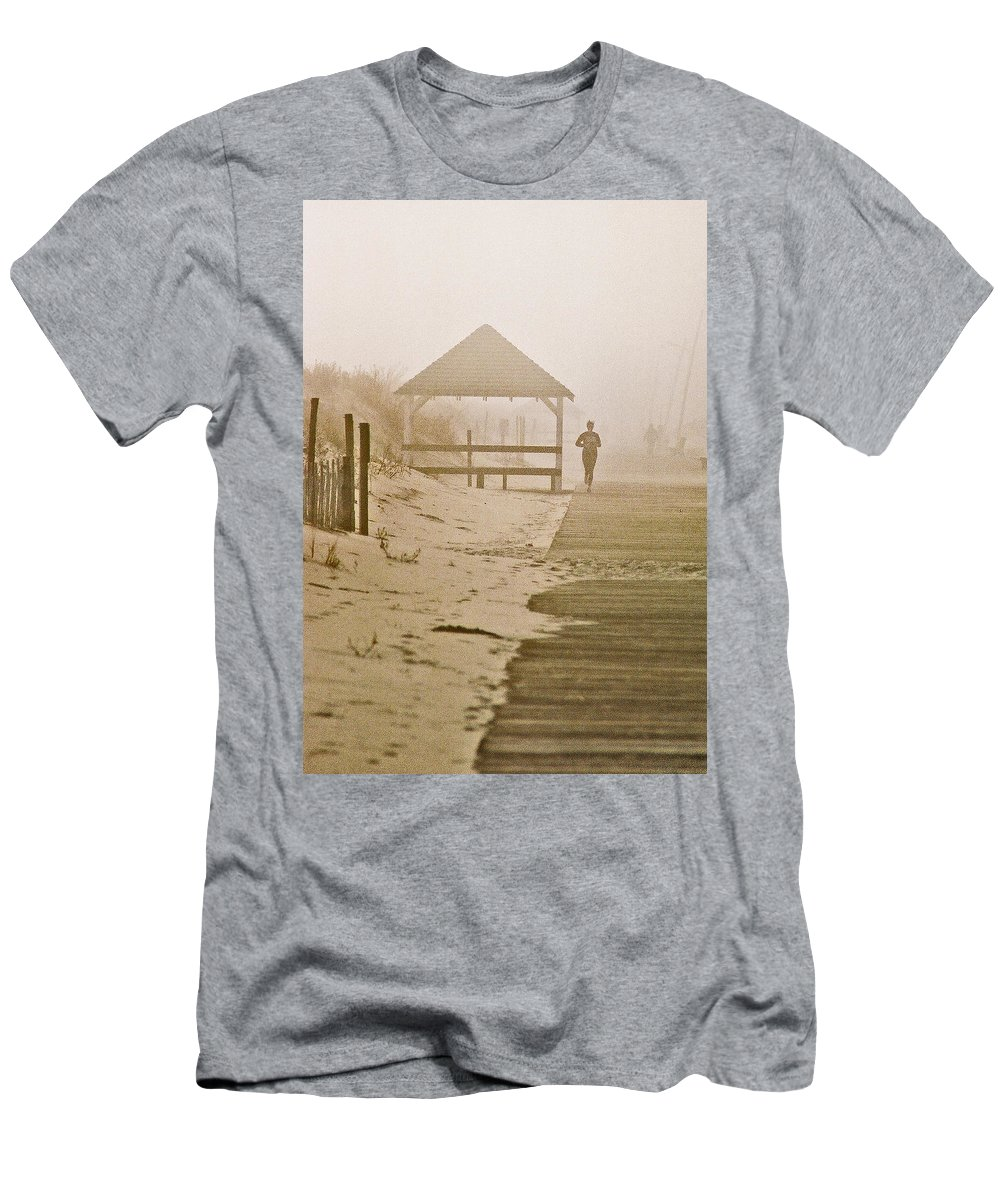 Landscape Men's T-Shirt (Athletic Fit) featuring the photograph Disappearance by Steve Karol