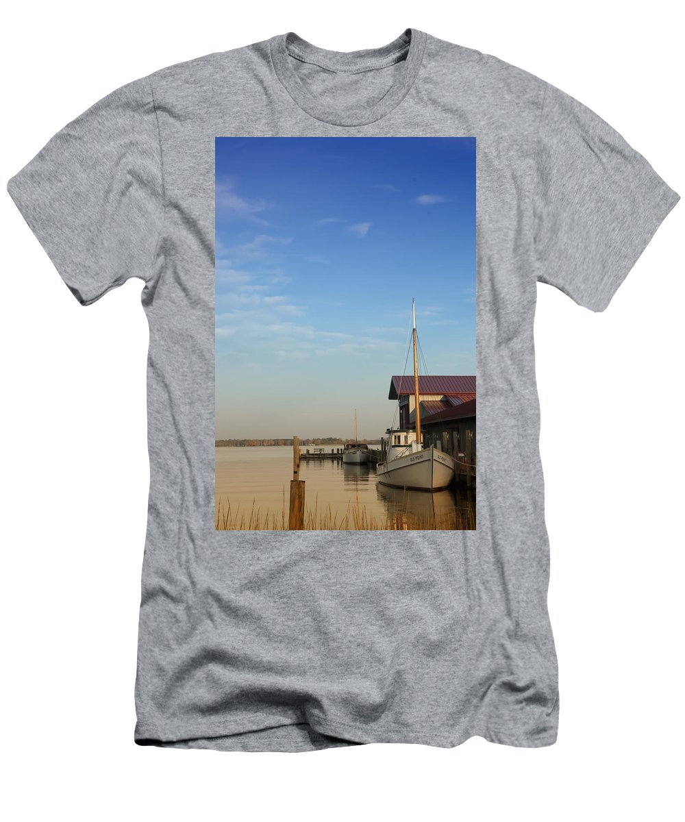 Boat Men's T-Shirt (Athletic Fit) featuring the photograph Docked by Bill Cannon