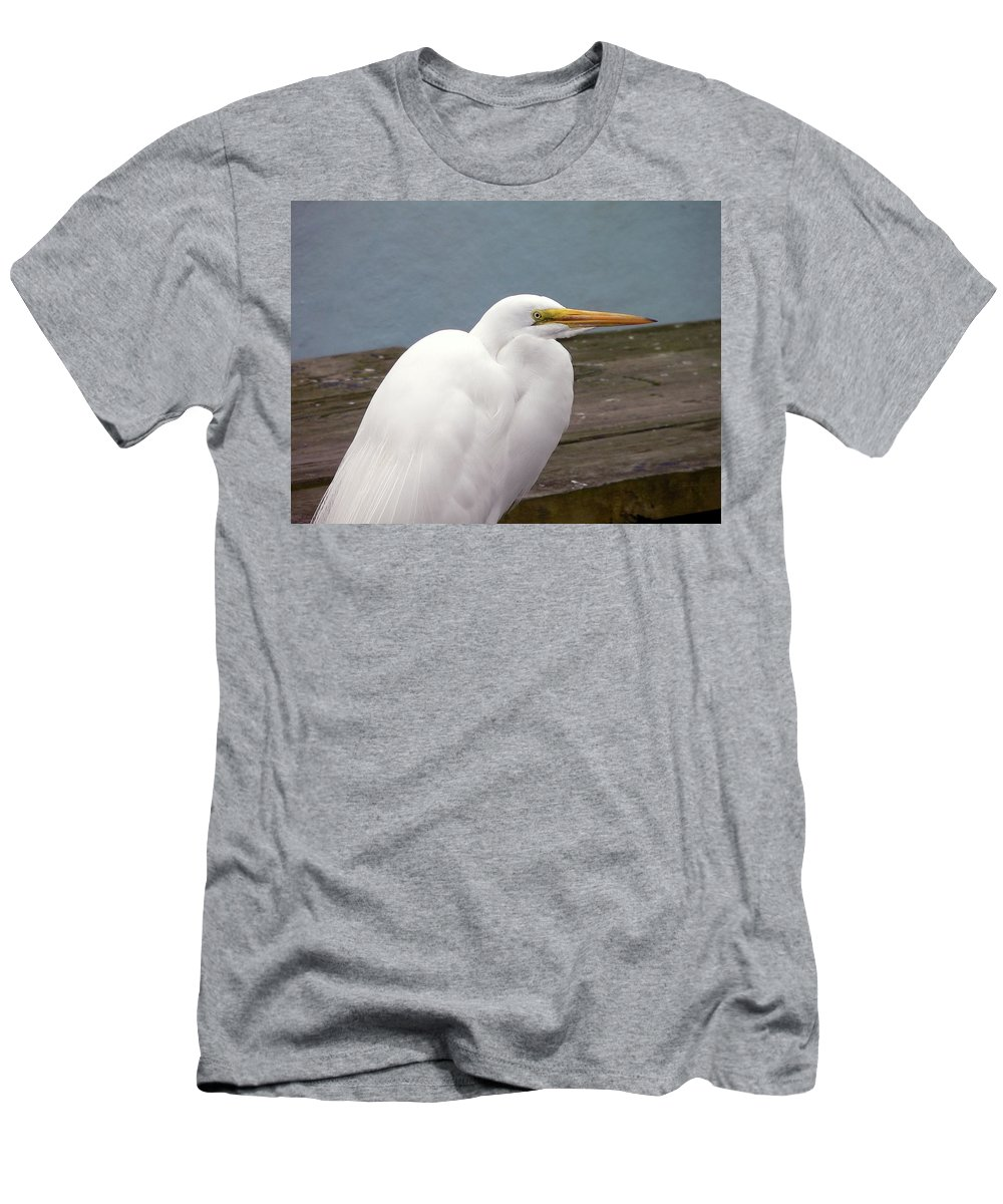 Great Egret Men's T-Shirt (Athletic Fit) featuring the photograph Egret On The Dock by Al Powell Photography USA