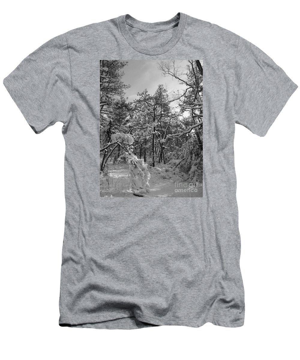 Black And White Men's T-Shirt (Athletic Fit) featuring the photograph Empty Travel by Chad Natti