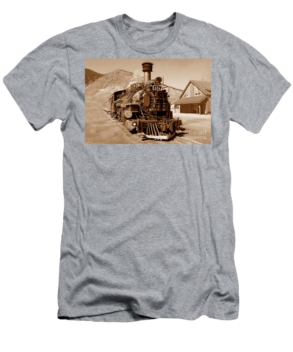 Train Men's T-Shirt (Athletic Fit) featuring the photograph Engine Number 478 by David Lee Thompson