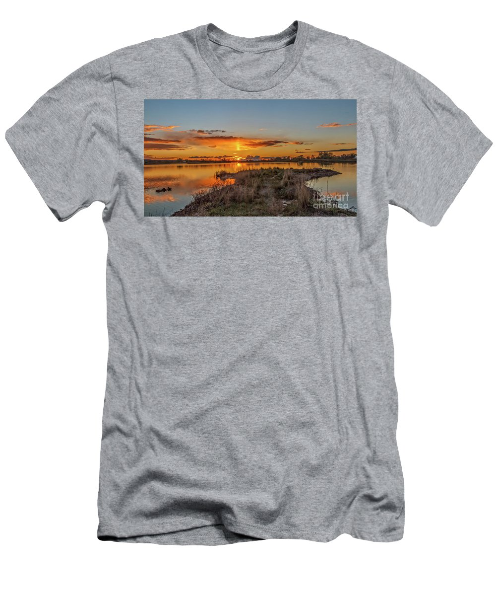 Reflections Men's T-Shirt (Athletic Fit) featuring the photograph Evening Delight by Robert Bales