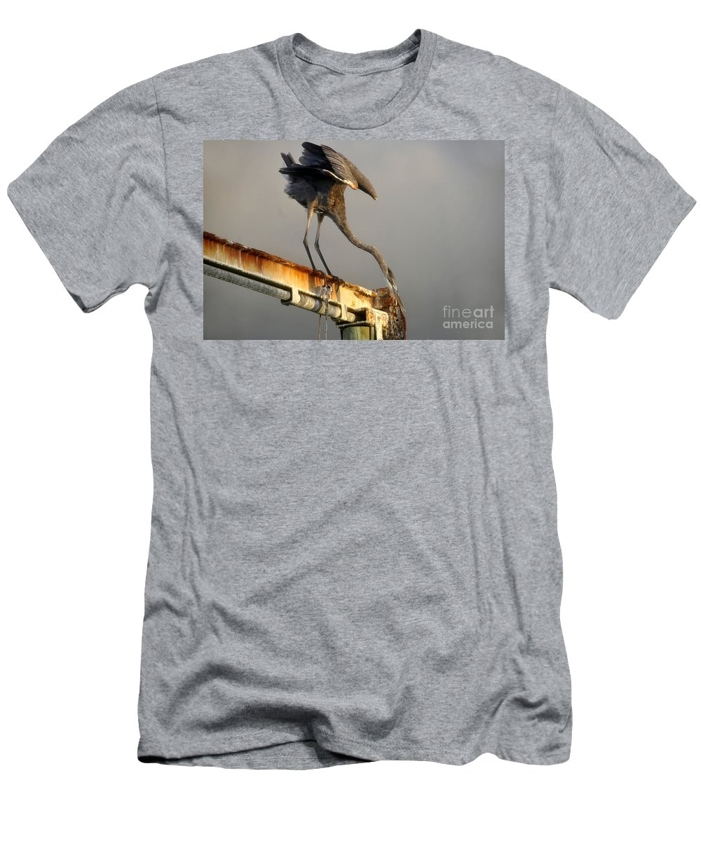 Hunting Men's T-Shirt (Athletic Fit) featuring the photograph Eyeing The Catch by David Lee Thompson