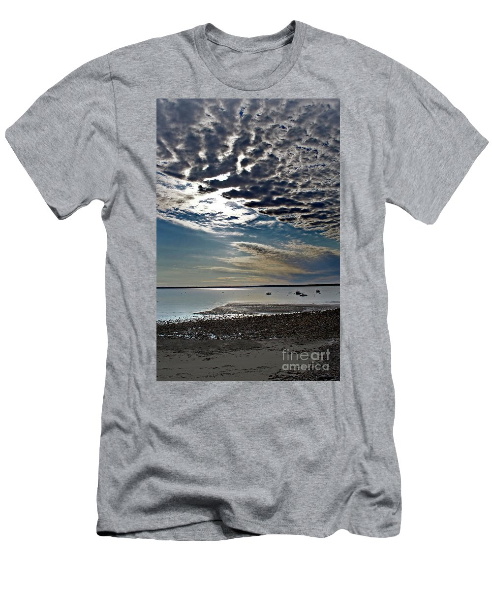 Nature Men's T-Shirt (Athletic Fit) featuring the photograph Fading Light by Skip Willits