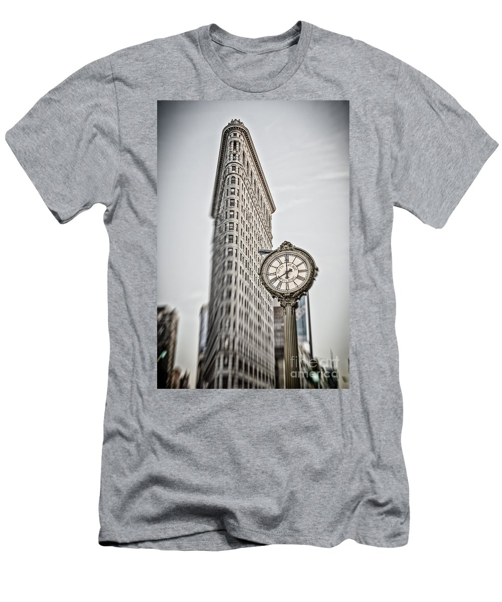 5th Avenue T-Shirt featuring the photograph Flat Iron building by Juergen Held