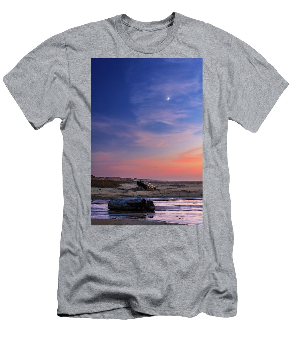 Florence Men's T-Shirt (Athletic Fit) featuring the photograph Florence Beach Twilight Moon by James Eddy