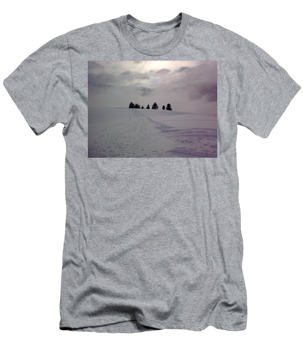 Landscape Men's T-Shirt (Athletic Fit) featuring the photograph Forlorn Trees by Valerie Ornstein