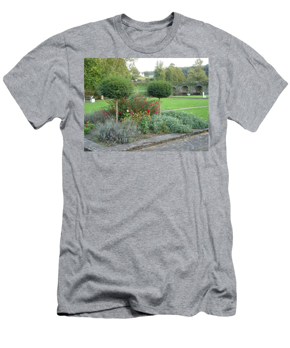 Inistioge Men's T-Shirt (Athletic Fit) featuring the photograph Garden On The Banks Of The Nore by Kelly Mezzapelle