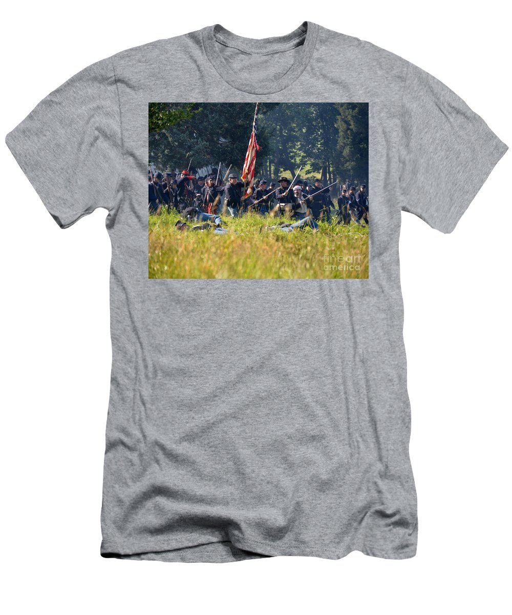 150th Men's T-Shirt (Athletic Fit) featuring the photograph Gettysburg Union Infantry 9348c by Cynthia Staley