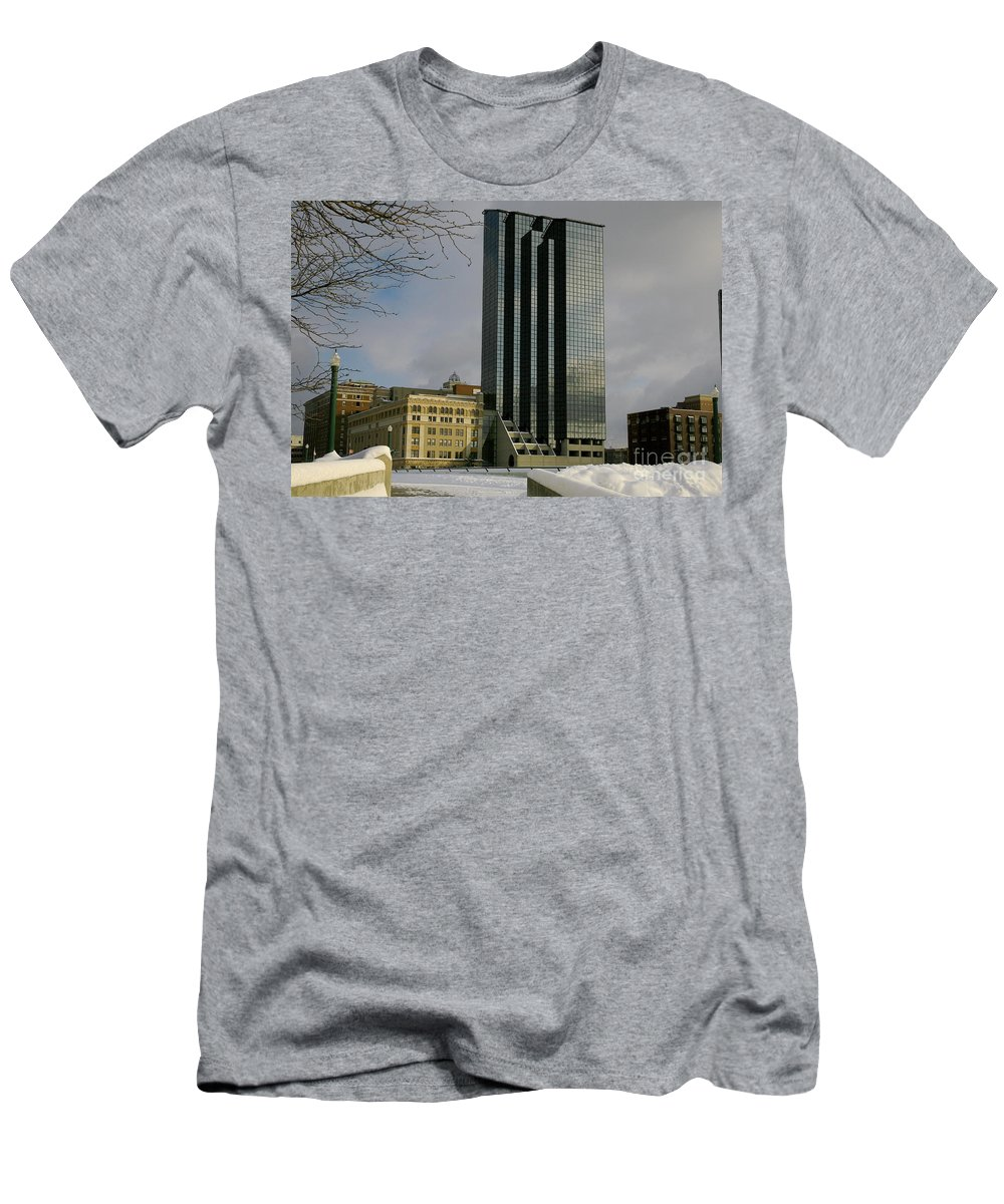Land Scape Grand Hotel City Men's T-Shirt (Athletic Fit) featuring the photograph Grand Rapids Mi-4 by Robert Pearson
