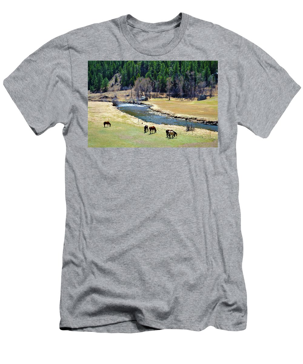 Colorado Men's T-Shirt (Athletic Fit) featuring the mixed media Grazing by Angelina Vick