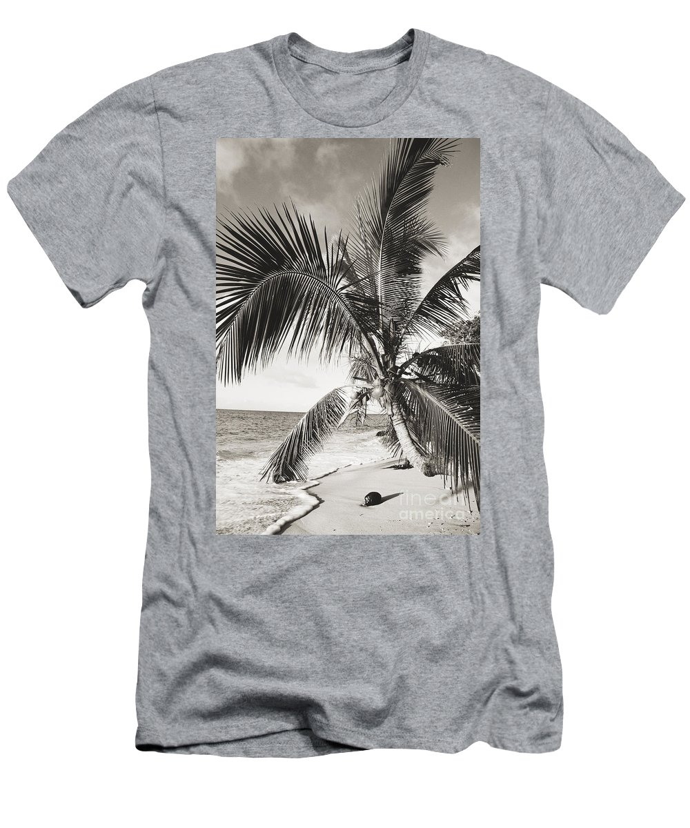 Art Medium Men's T-Shirt (Athletic Fit) featuring the photograph Hawaii Ocean Palm by Ed Robinson - Printscapes
