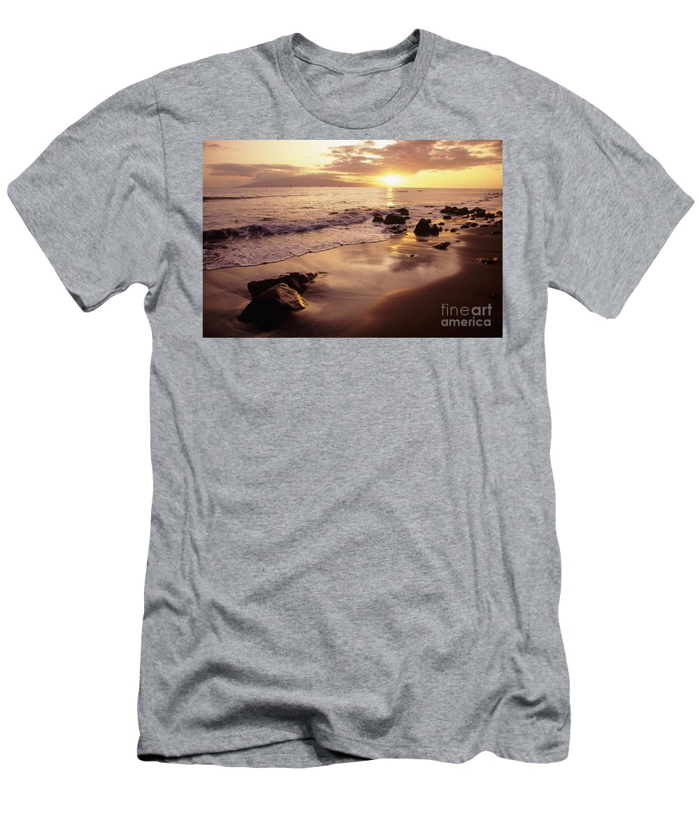 Beach Men's T-Shirt (Athletic Fit) featuring the photograph Hawaii Sunset by Dana Edmunds - Printscapes